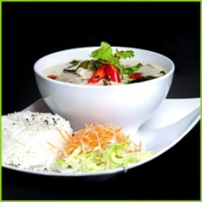 21. Tom ka gai suppe